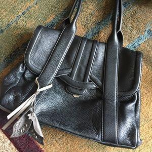 Exceptional Radley London black leather satchel